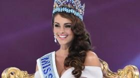 Rolene Strauss mit der Miss World Krone im Dezember 2014.