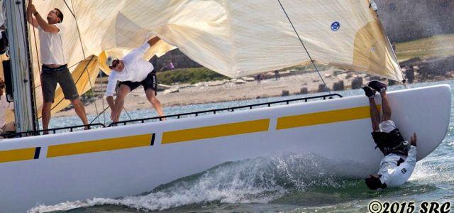 ...Aber dann verliert er doch den Kontakt zum Boot... © Stephen Cloutier