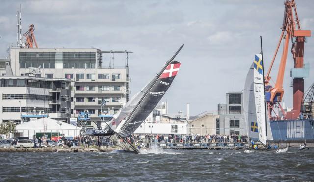 Das dänische Team kentert in Göteborg. © Adstream AB /Henrik Ljungqvist