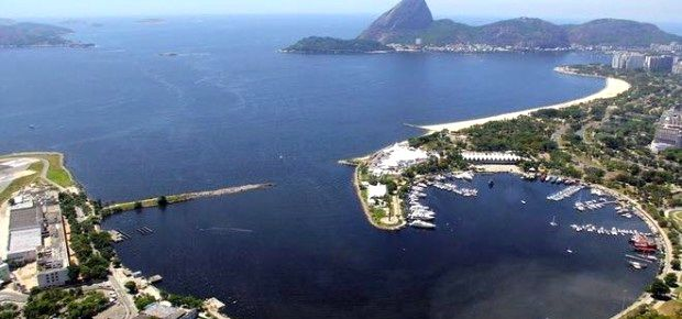 Die Guanabara Bay unter dem Zuckerhut vor der Segel-Marina