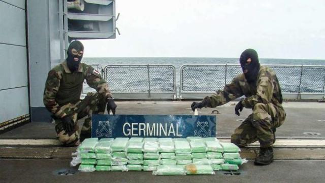 Kokain Fund, Segelyacht