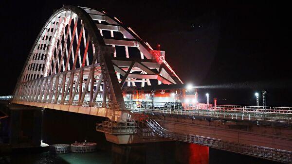 На Украине возбудили дело после проезда поезда по Крымскому мосту