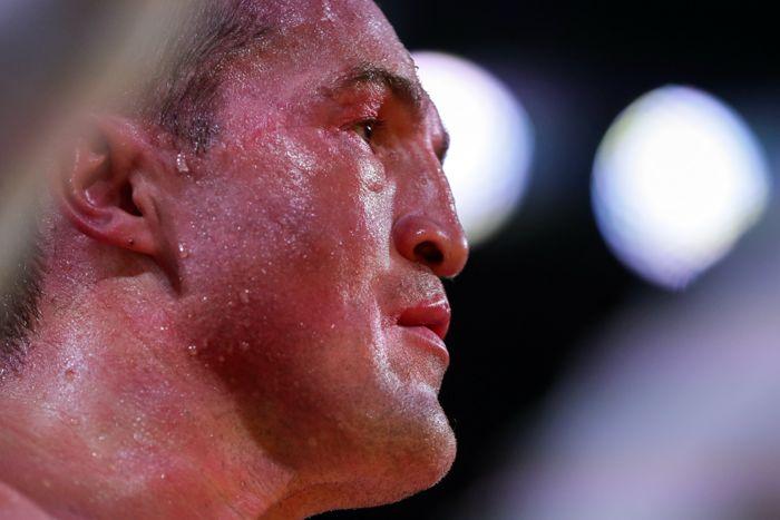 Денис Лебедев проиграл в первом после возобновления карьеры поединке