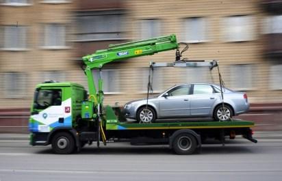 В Москве эвакуация неправильно припаркованных машин подорожает