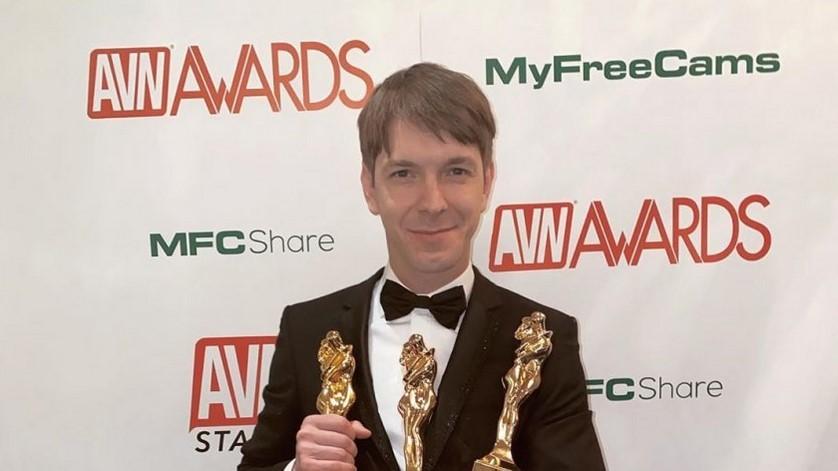 31-летний петербуржец получил в США 3 Оскара за порно