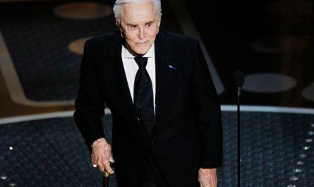 Актер Кирк Дуглас скончался в возрасте 103 лет
