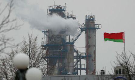 Эксперт заявил о бессмысленности поставок нефти из США в Белоруссию
