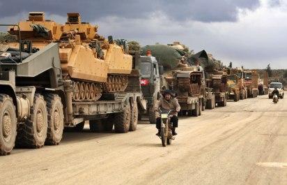 """Турция сообщила о """"нейтрализации"""" 101 сирийского военного в ответ на обстрел в Идлибе"""