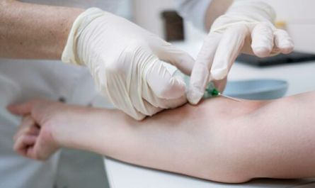 """""""Гемофилия выигрывает"""": о жизни людей, которые видят кровь каждый день"""