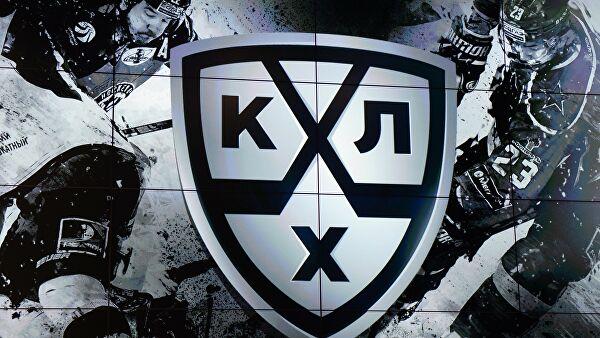 Гранды начинают ужиматься: как прошел первый день открытого рынка в КХЛ