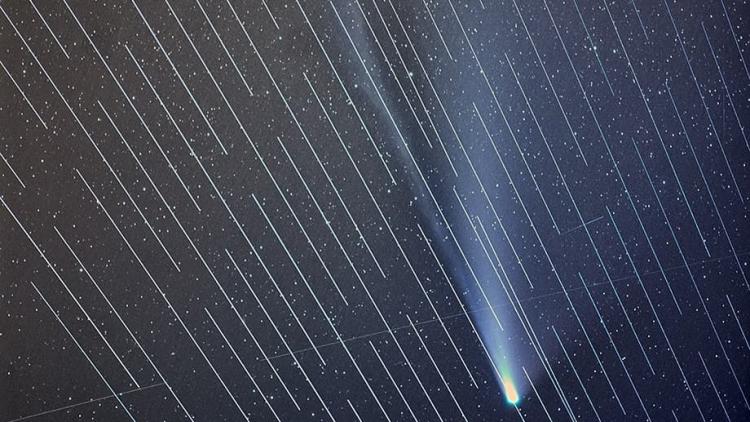 Starlink Илона Маска помешал наблюдению за кометой NEOWISE