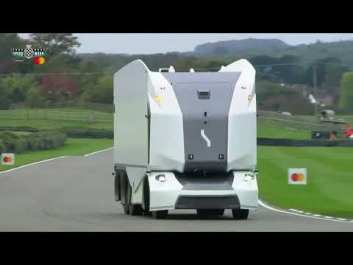 Беспилотный электрогрузовик без кабины покорил гоночную трассу [ВИДЕО]