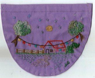 Bolso bordado por Lilian Keese
