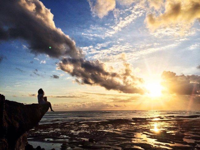 Desfrutando desse pôr do sol em Bali