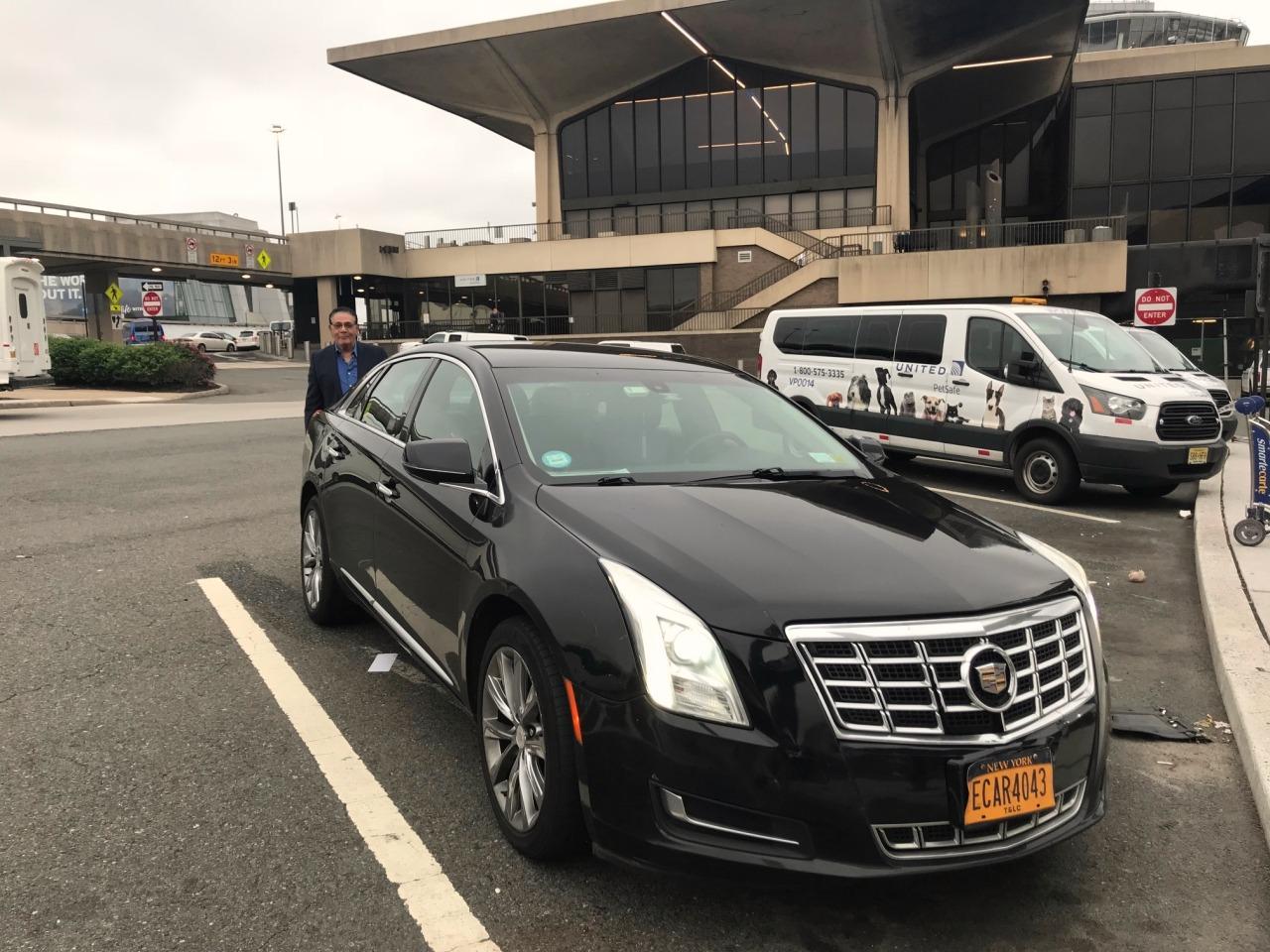 Aeroporto York : Transfer em nova york: carro particular do aeroporto para a cidade