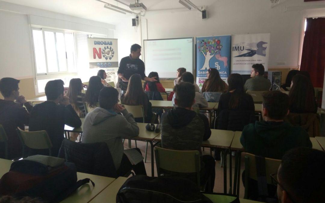 """28 jóvenes que podrían emprender """"la revolución"""""""