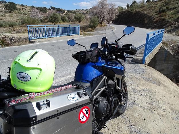 Puentes ilegales AL5100 en Almería. Denunciados