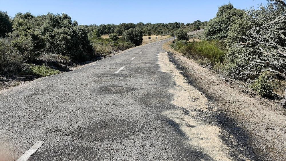 DENUNCIA: Áridos en la calzada -Zamora