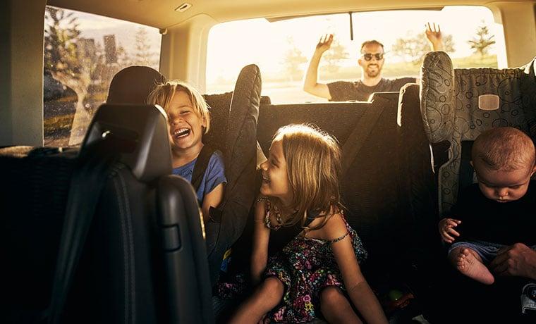 viagem de carro familiar