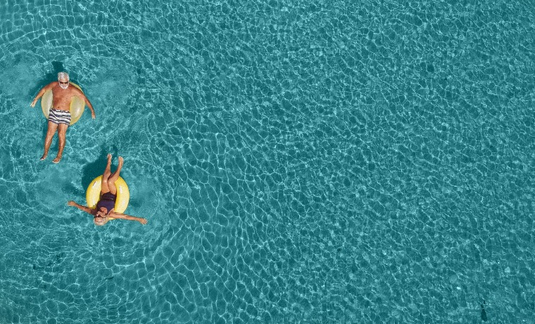 viagens para terceira idade piscina