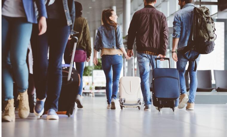 melhor seguro viagem Visa ou Mastercard passageiros