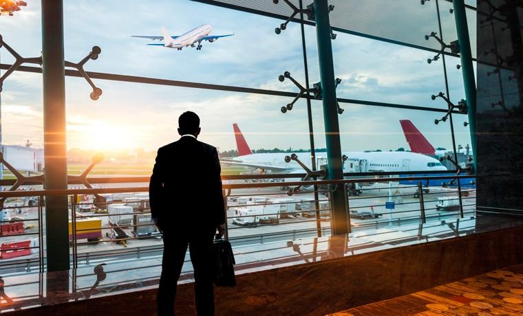 seguro viagem cobre cancelamento de voo passageiro