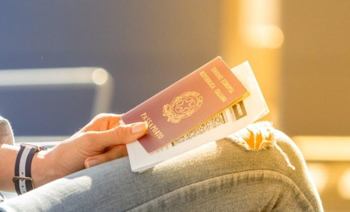 Quem tem o passaporte europeu precisa de seguro viagem