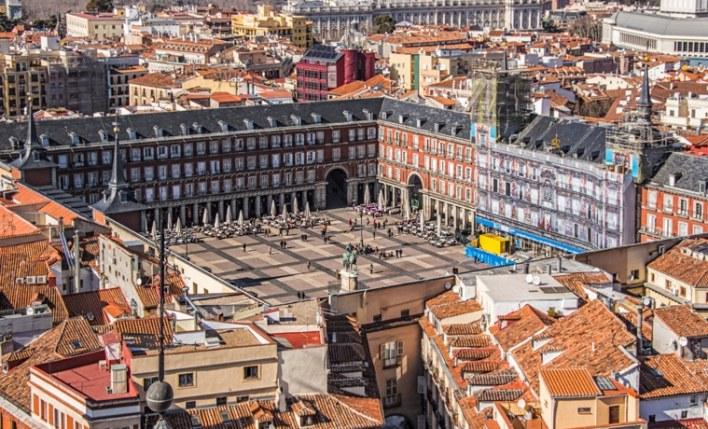 seguro viagem Madrid plaza