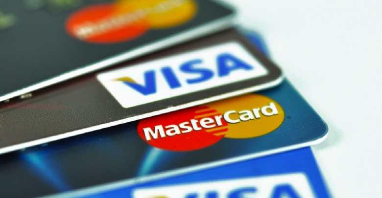 Cartão de crédito tem seguro viagem