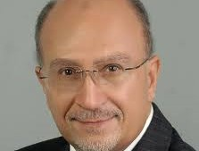 Photo of الدكتور شريف عبد الهادى يطالب بحظر شامل لمدة اسبوعين للقضاء على كورونا