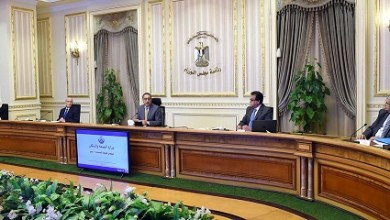 "Photo of رئيس الوزراء يتابع موقف توافر المستلزمات الطبية والجهود المبذولة لمواجهة فيروس ""كورونا"" المستجد"