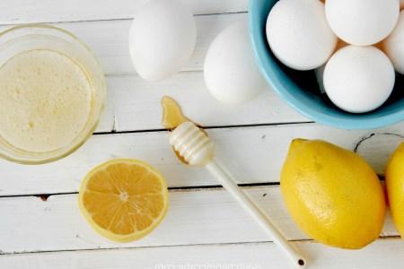 طريقة شد الوجه باستخدام ماسك بياض البيض والعسل
