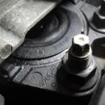 ボルボV50のエンジン振動!エンジンマウントの交換と修理費用
