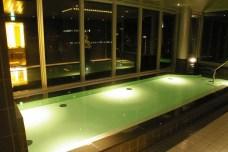 クロスホテル (札幌) - Public Bath mit Blick auf Sapporo