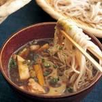 年越しそばを夕食に食べるならこのレシピ 1品で野菜もお肉も摂る方法を紹介します