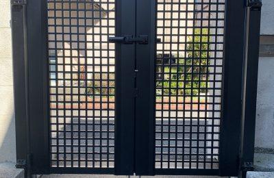 門扉の交換!