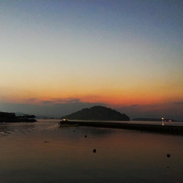 大村湾の夕暮れ