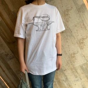 ファーレーズのリュートTシャツ着用画像
