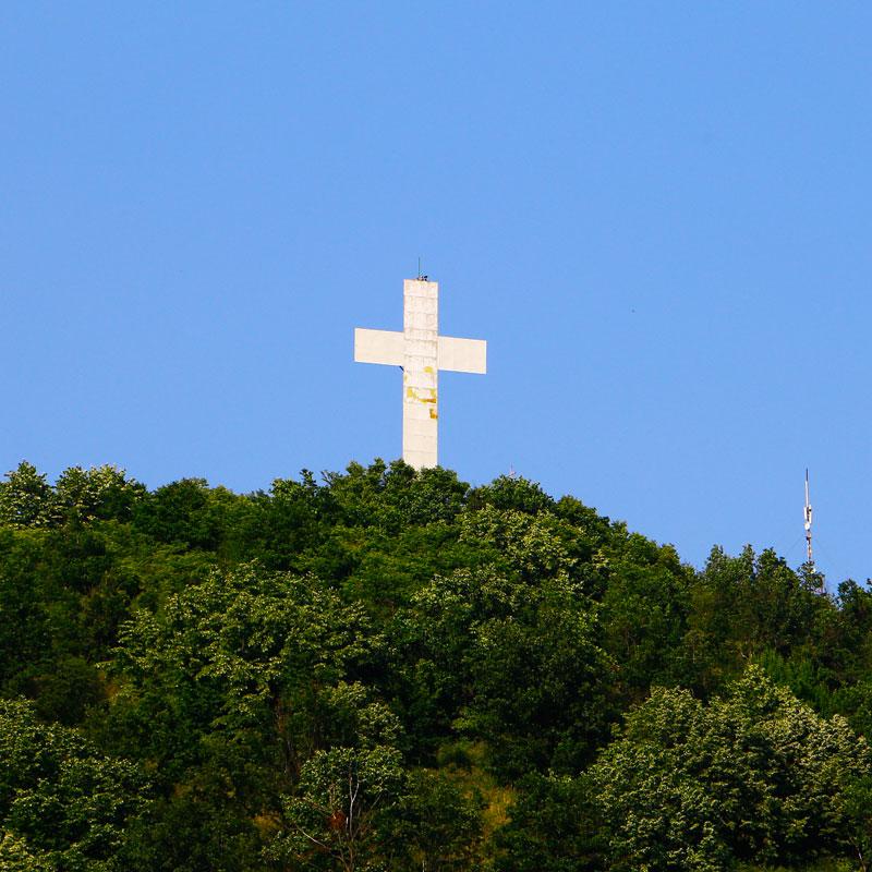 Imagini pentru imagini cu crucea din seini
