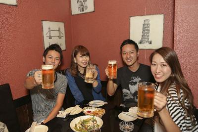居酒屋でビール