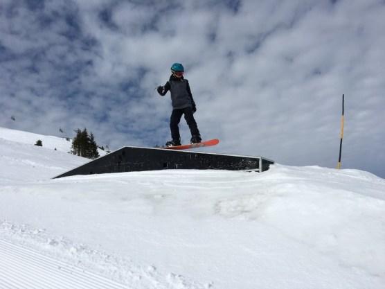 04 Snowboarder 06