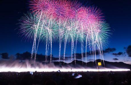 【11/23に延期】立川昭和記念公園花火大会2018の日程や屋台情報、混雑状況は?