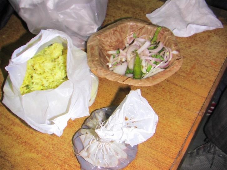 インドの食事(お持ち帰り用)
