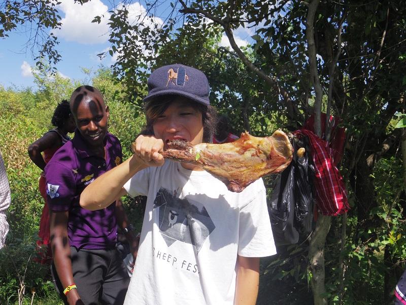 【!】マサイ族の家にホームステイして教わった『ライオンの狩り方』