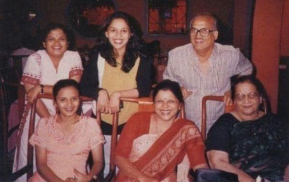 Madhuri Dixit Family Tree, Husband, kids, Biography