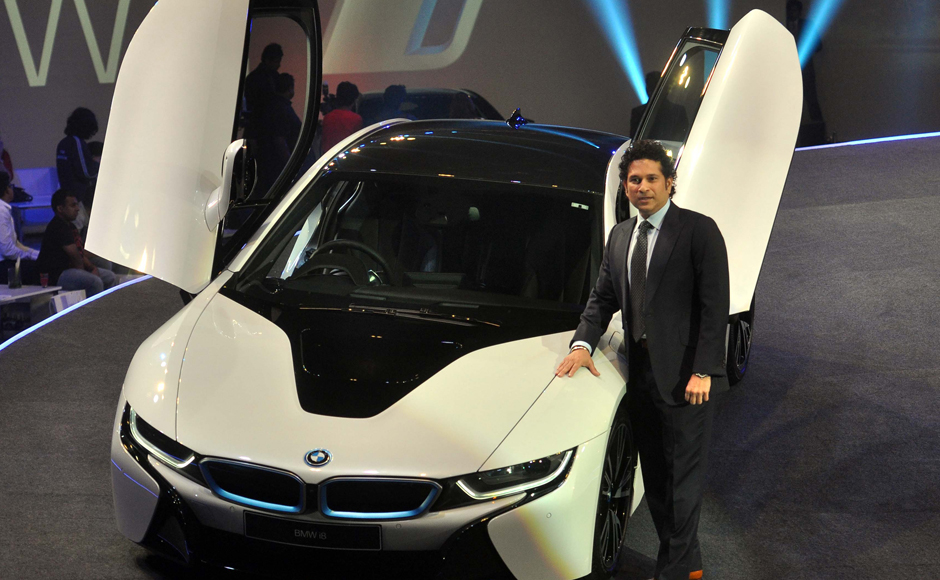 Sachin tendulkar net worth 2017 in rupees cars house for Mercedes benz net worth 2017