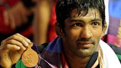 Yogeshwar Dutt Family, Wife Photos, Father, Mother Name, Biography