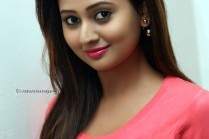 amulya-family-photos-husband-age-height-weight