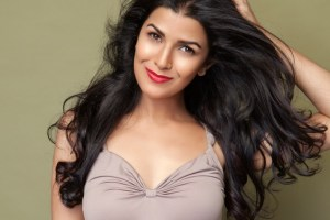 Nimrat Kaur Family Photos Husband, Age, Height, Sister