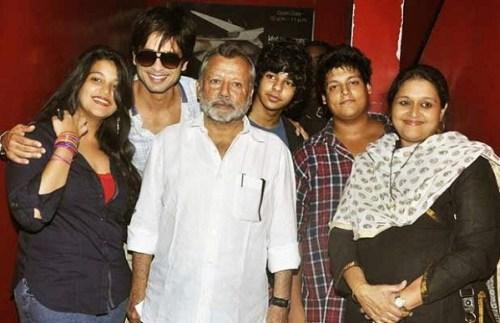 Supriya Pathak Family Photos, Husband, Daughter, Son